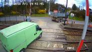 VIDEO. Zo roekeloos gedragen we ons aan overwegen: bijna helft Belgen negeerde afgelopen zes maanden verkeersregels