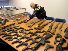 'Inleveractie voor wapens nodig na geweldsexplosie in Apeldoorn'