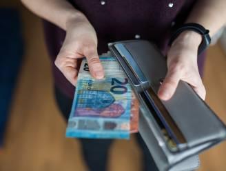 Voor het eerst sinds coronacrisis minder geld op spaarboekjes