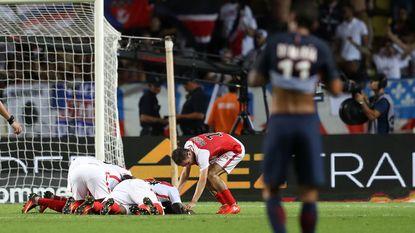 Invaller Meunier schuift met PSG onderuit in Monaco en ziet rechtstreekse concurrent owngoal scoren