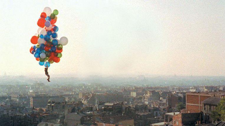 Still uit: Albert Lamorisse: 'Le ballon rouge' Beeld