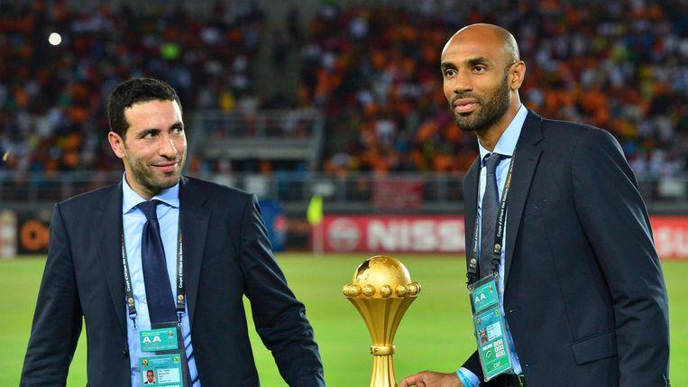 Mohamed Aboutrika (links) met Frederick Kanoute bij de Afrika Cup in 2015. Beeld epa
