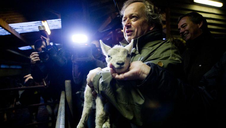 Henk Bleker bezocht deze week de boerderij van Annemarie, bekend van Boer zoekt Vrouw. © anp Beeld