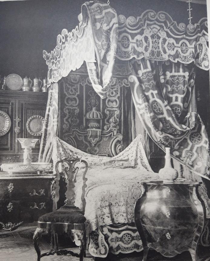 Het staatsiebed zoals dat tot 1900 in Kasteel Heeswijk stond.