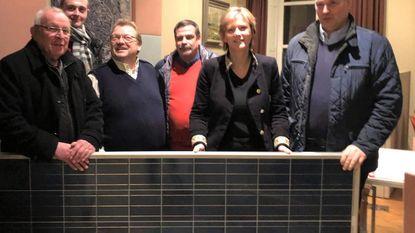 Tienen Plus schenkt zonnepaneel aan de stad