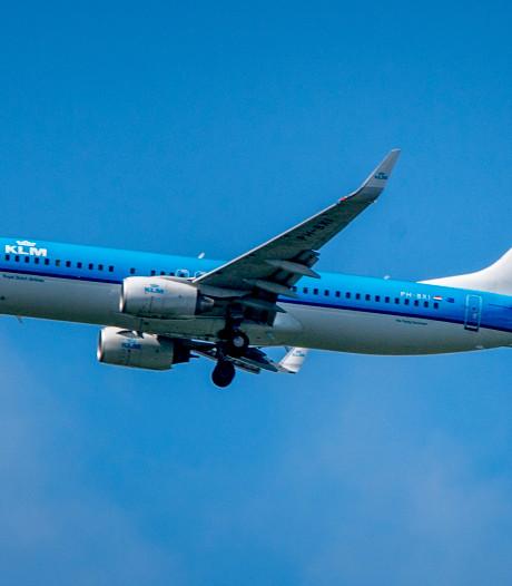 KLM schrapt honderd vluchten om storm, code geel in bijna heel het land