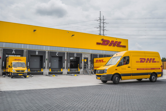 DHL Express-centrum in Den Hoorn.