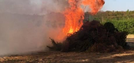 Nederlandse paasvuren afgelast. In Duitsland worden ze 'gewoon' aangestoken