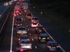 Enorme vertraging na ongeluk op A1 bij Hoenderloo voorbij