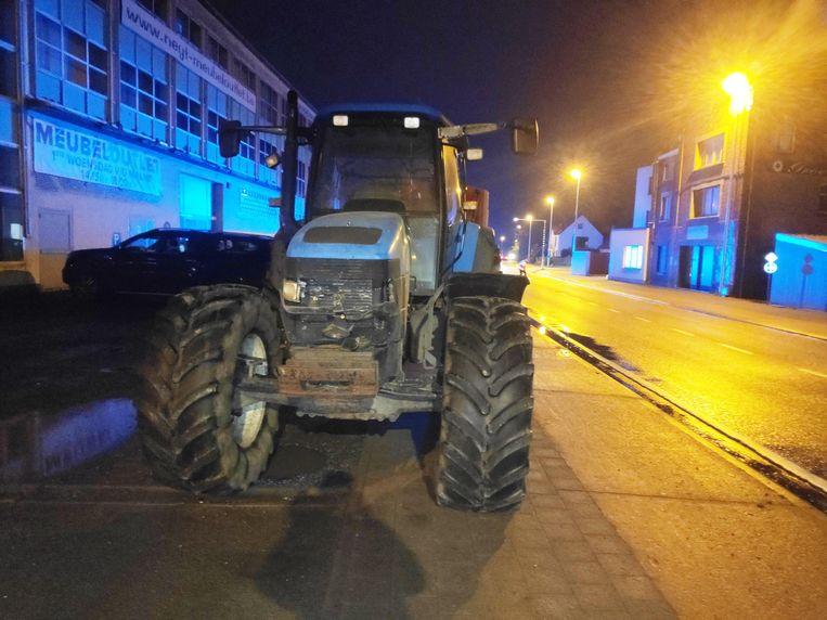 De dame overleefde de klap met de tractor niet.