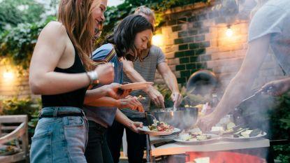 Het vervelendste klusje van de zomer: zo maak je je barbecue het best schoon