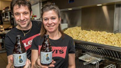 Frituur 't Brochetje lanceert eigen bier Patattekop, etiket ontworpen door MC Buzze