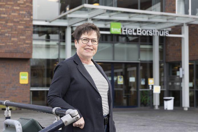 Astrid Knipscheer, verpleegkundig specialist Trivium Meulenbelt Zorg TMZ, werkt in verpleeghuis Het Borsthuis in Hengelo. Zich laten inenten is voor haar vanzelfsprekend.