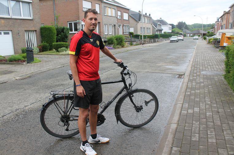 DILBEEK - Maarten Van Middelem aan het begin van zijn tocht.