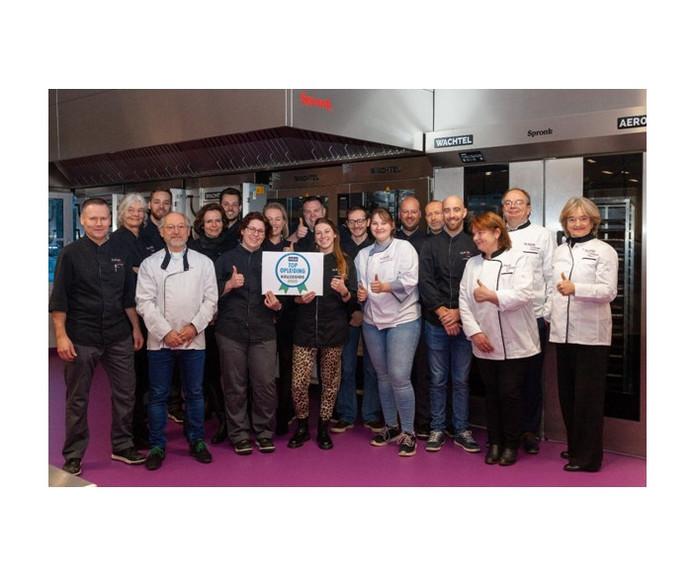 Leerkrachten van Brood en Banket van het Summa College in Eindhoven zijn blij met de erkenning van de Keuzegids.