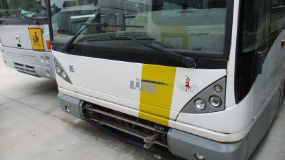 Veilinghuis verkoopt opnieuw oude bussen De Lijn