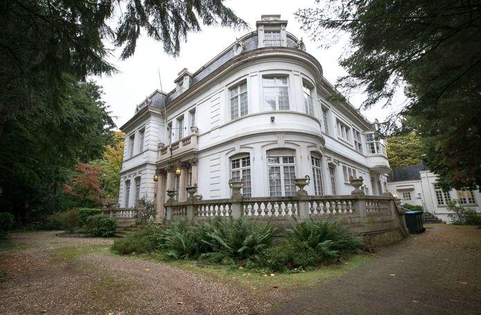 Villa Trianon aan de Baronielaan wordt helemaal gerenoveerd.