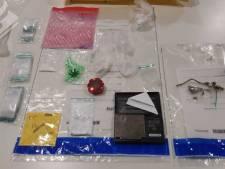 Politie valt 'postkantoor voor drugs' in Breda binnen
