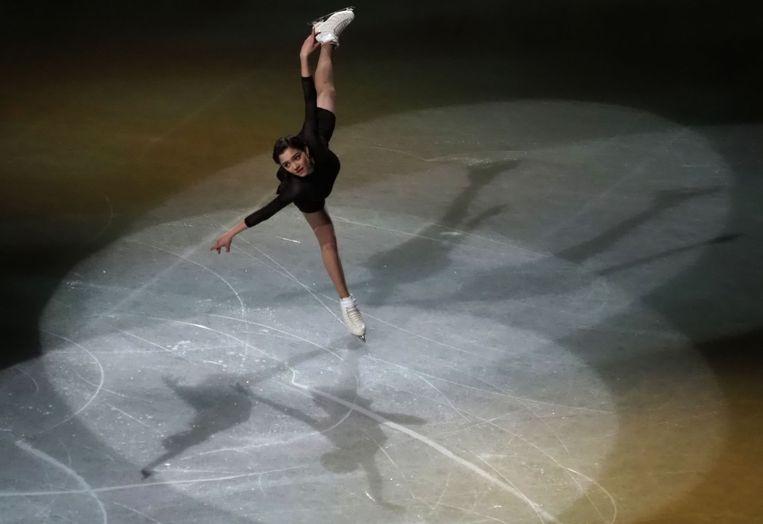 Evgenia Medvedeva in actie voor Rusland tijdens het WK kunstrijden in Saitama, bij Tokio.  Beeld AFP