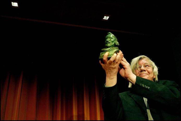H.H. ter Balkt in 2003 na het winnen van de P.C. Hooftprijs.