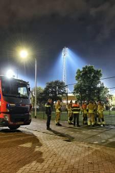 Zeker zes verdachten aangehouden na grote vondst illegaal vuurwerk bij Willem II-stadion