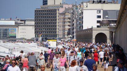 """Westtoer spreekt van """"gewone Belgische zomer"""": minder dagtoeristen en lagere hotelbezetting tegenover topjaar 2018"""
