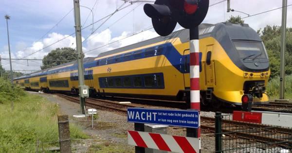 Geen treinverkeer tussen Bergen op Zoom en Vlissingen door aanrijding, extra reistijd minimaal 60 minuten.