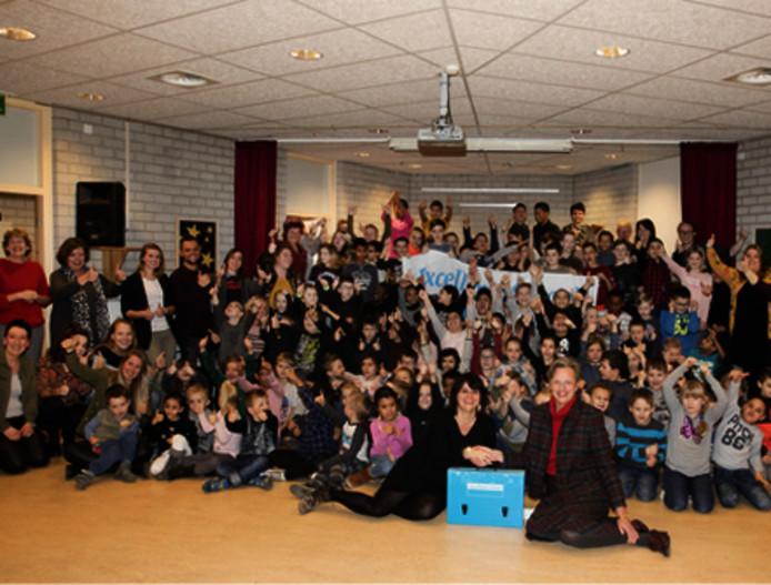 Basisschool De Windroos krijgt het predikaat excellente school.
