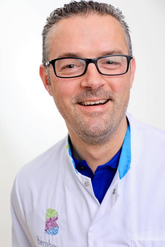 MDL-arts Ruud Schrauwen van ziekenhuis Bernhoven.