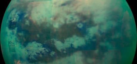Enorme stofstorm gezien op maan van Saturnus