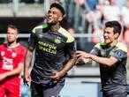 Locadia helpt PSV aan kop na zevenklapper in Utrecht