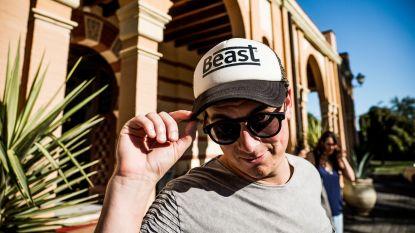 Niels Destadsbader scoort nummer 1-hit op iTunes met 'Ik ben van 't stroate'