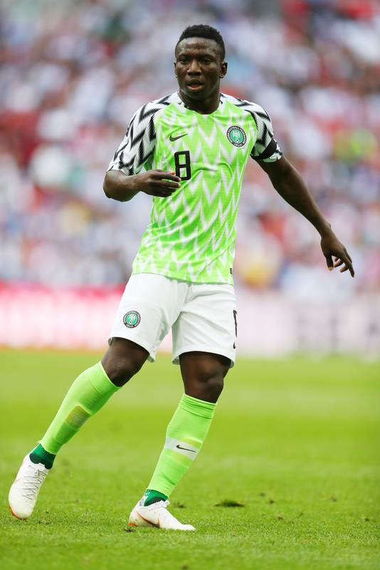 Peter Etebo vorige week zaterdag in actie tegen Engeland.