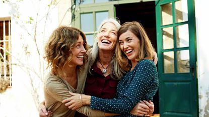 Dit is de leeftijd waarop vrouwen op hun moeders beginnen lijken