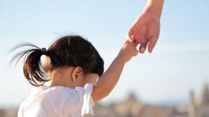 """Geef ik mijn kinderen wel genoeg aandacht? We vroegen het aan De Opvoedingslijn: """"Quality time wordt overschat"""""""