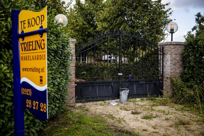 Het landgoed in Witharen staat te koop.