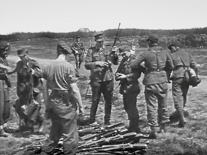 Duitse soldaten moesten onder meer op de Leusderheide hun wapentuig.