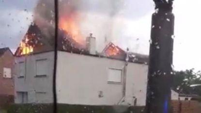 Onweerszone verlaat ons land: dakbrand na blikseminslag in Dessel en hagelbollen van 3 cm in Luxemburg
