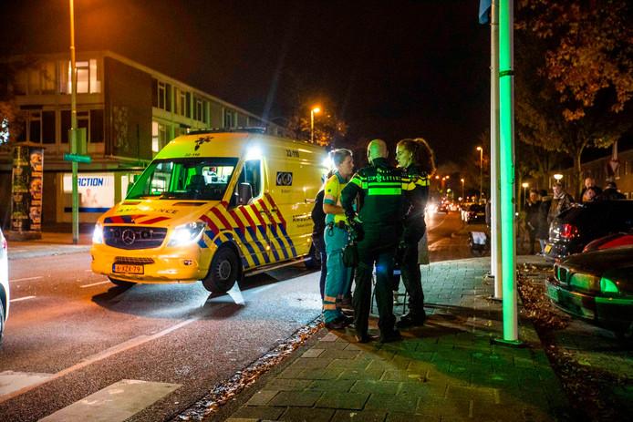 Vrouw zwaargewond na aanrijding met auto in Eindhoven.