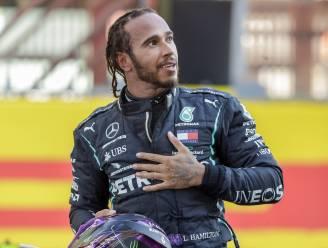 """Hamilton heeft nog altijd geen F1-contract voor volgend jaar: """"Ik wik en weeg en probeer een evenwicht te vinden"""""""