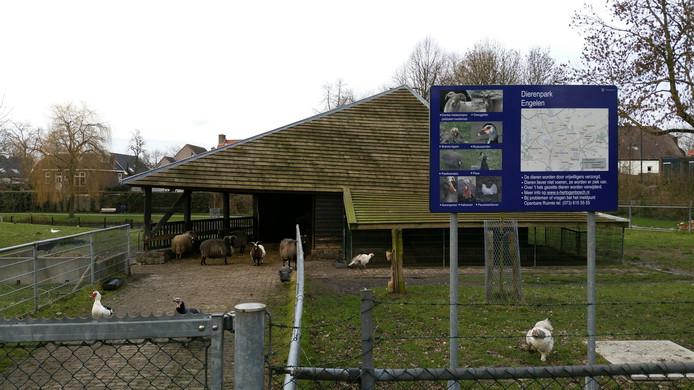Het bedreigde dierenparkje.