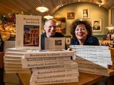 Youp van 't Hek slaakt hartenkreet in Deventer kookboek: 'Jezus, Heleen en Pieter, wat kwam ik graag bij jullie'