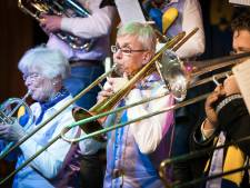 Vughtse trombonist met visuele beperking speelt op gehoor