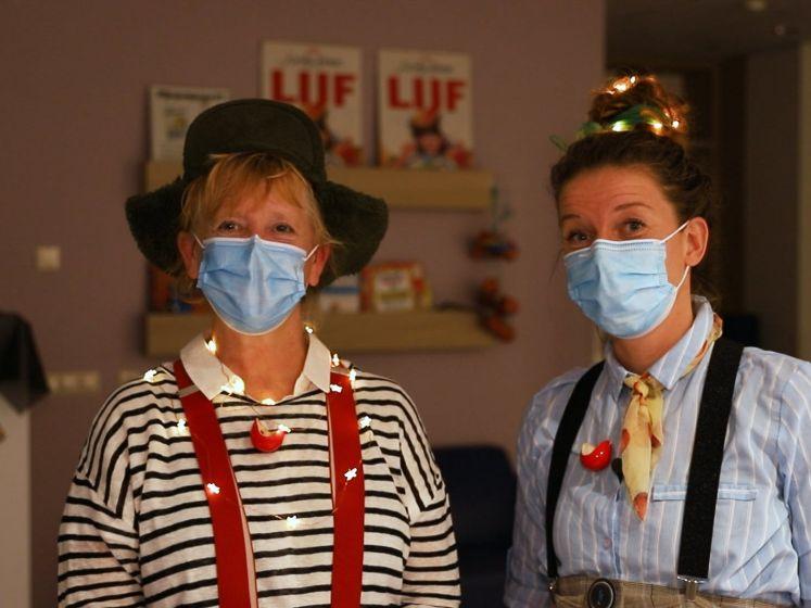 CliniClowns doen bedtijdbezoeken op donkere dagen in Rijnstate
