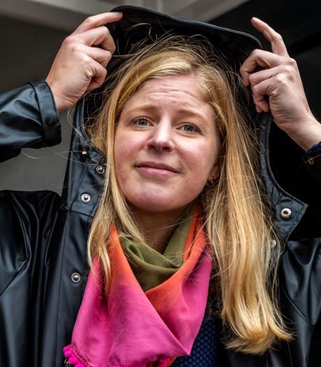 Wie heeft de paraplu van Geneviève gezien? Het was er niet zomaar één, ze kreeg 'm van haar overleden oma ☔️