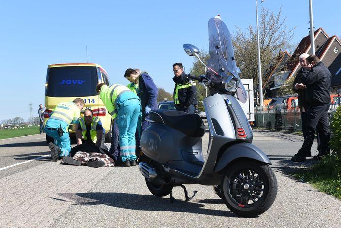 Bij een ongeluk in Groenekan raakte een scooterrijder gewond.