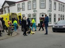 Jonge fietser heeft hoofdwond na botsing in Enschede
