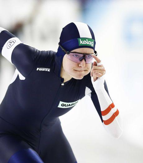 Herzog wint eerste 500 meter in Thialf, Kodaira dichter bij eindzege