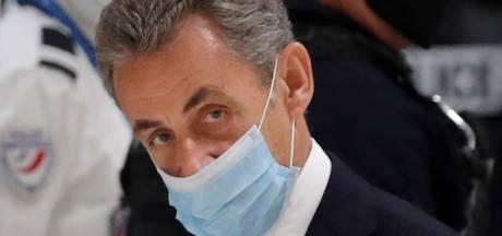 Le procès de Sarkozy pour corruption suspendu jusqu'à jeudi