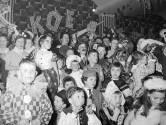Carnaval in het Carlton in Eindhoven. Wie liep hier de polonaise in 1960?